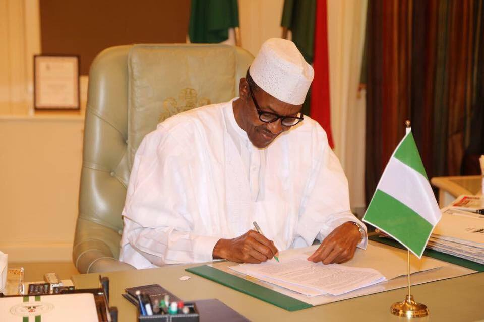 Buhari writes NASS, extends vacation