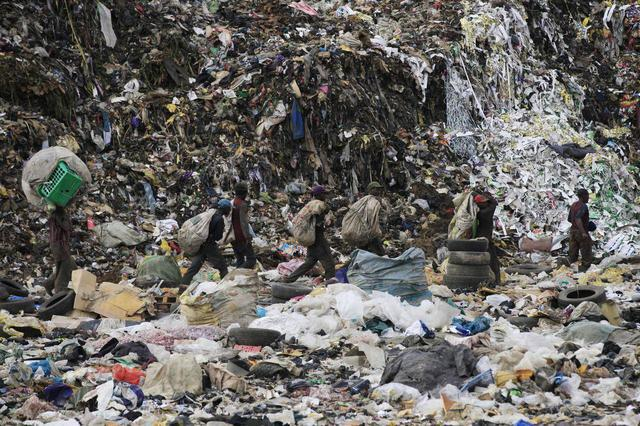 Solid waste burning: A new health risk in Lagos