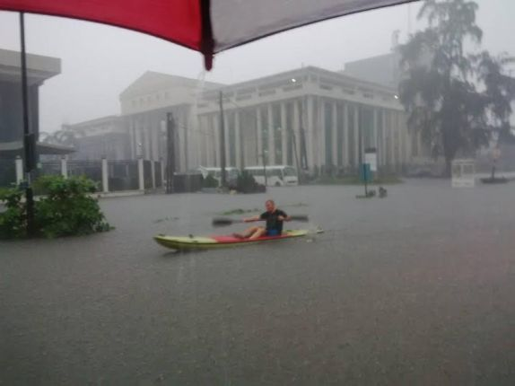 Ahmadu-Bello-Way-Flooding-TVC