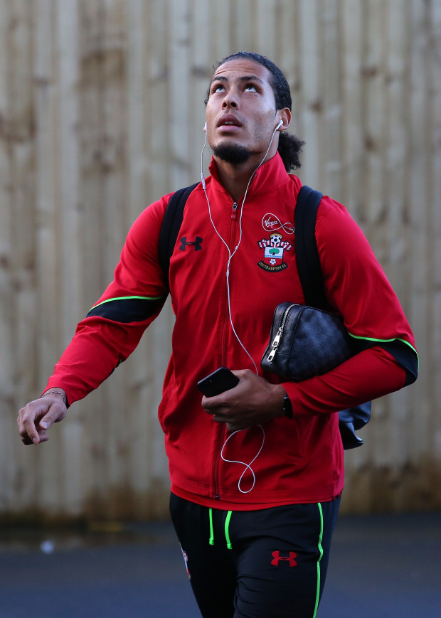 BURNLEY, ENGLAND - JANUARY 14:  Virgil van Dijk of Southampton arrives at the stadium prior to the Premier League match between Burnley and Southampton at Turf Moor on January 14, 2017 in Burnley, England.  (Photo by Alex Livesey/Getty Images)