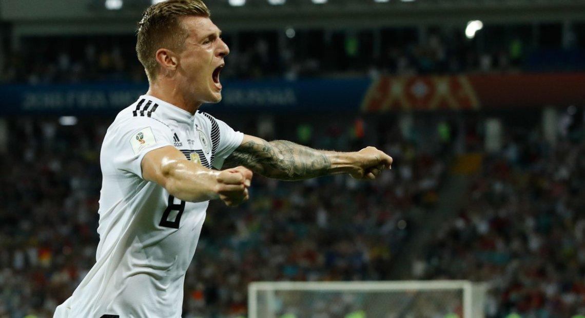 Kroos' injury time winner against Sweden revives Germany's hopes