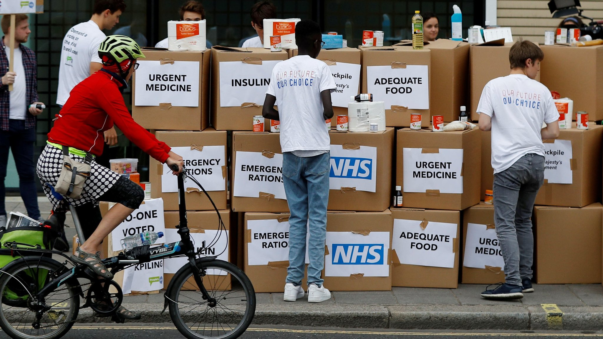 Brexit stockpiling