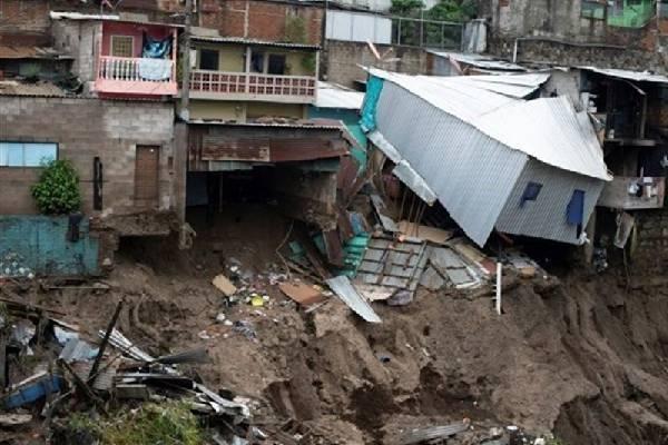 At least 14 people killed as tropical storm Amanda hits Guatemala