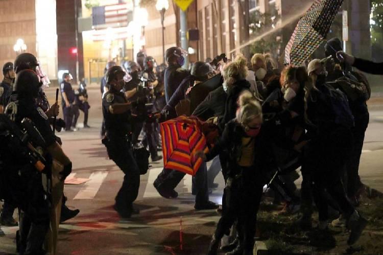 Protests erupt over Daniel Prude's death