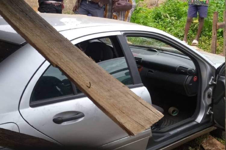 Latest Breaking News about Bank Robbery in Nigeria : Robbers kill 3 in Ondo Bank Raid