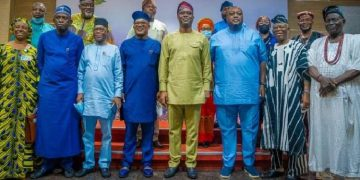 Current news about Governor Seyi Makinde receiving NASS members in Oyo