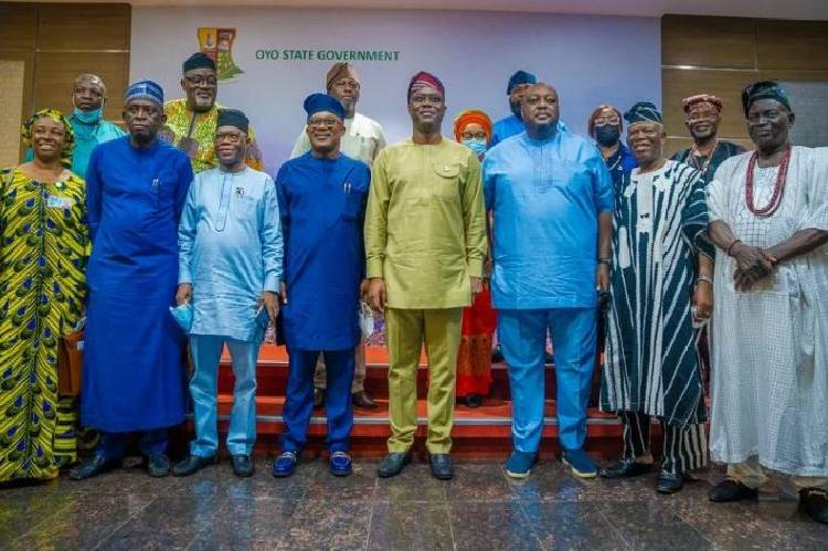 Makinde receives the NASS Joint Committee on Aviation, urges FG to uplift Ibadan Airport