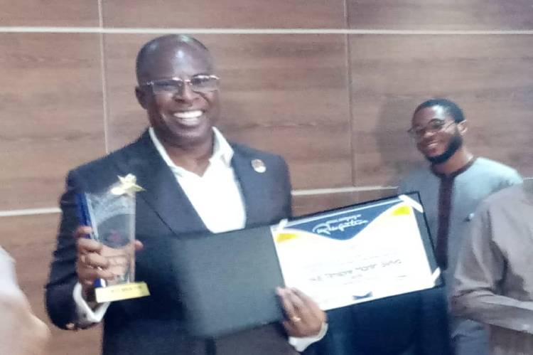 Timipre Sylva honoured for anti-corruption role in Petroleum industry