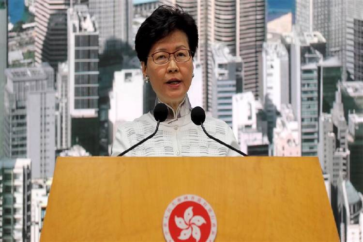 Covid-19: Hong Kong has made vaccines mandatory for key sectors