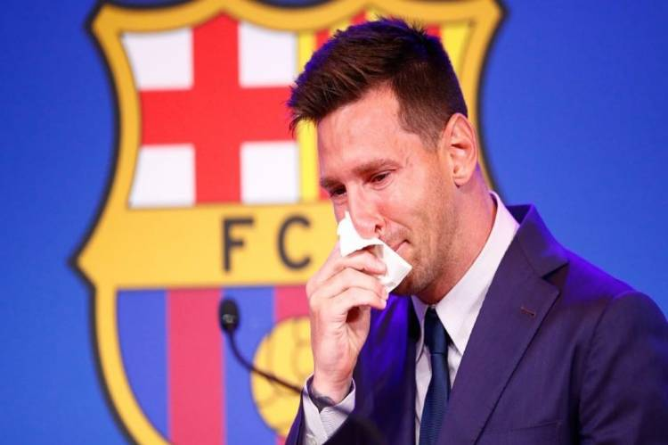 Latest Breaking News about Lionel Messi : Lionel Messi agrees 2 year deal, set to sign for PSG