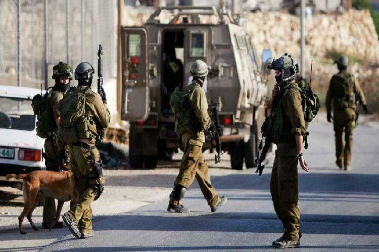 Israeli forces kill four Palestinians in west bank clash