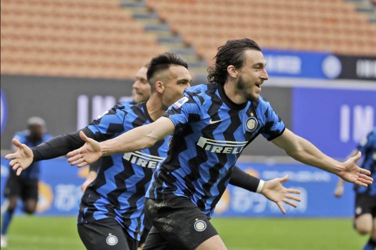Latest Breaking News about Serie A: Inter Milan start title defence with 4-0 win