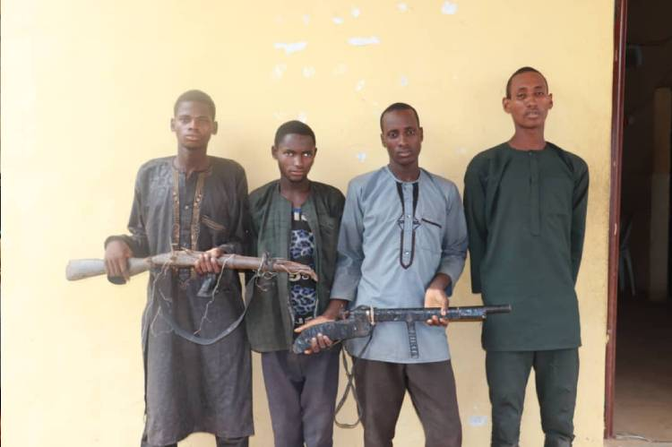 Latest Breaking News about Banditry : 4 suspected bandits arrested in Niger