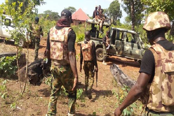 Scores killed as bandits flee into military camp in Niger