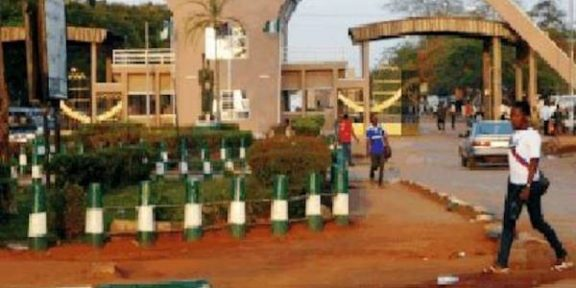 Lasest Breaking News About UNIBEN: UNIBEN management orders immediate closure of school over students protest