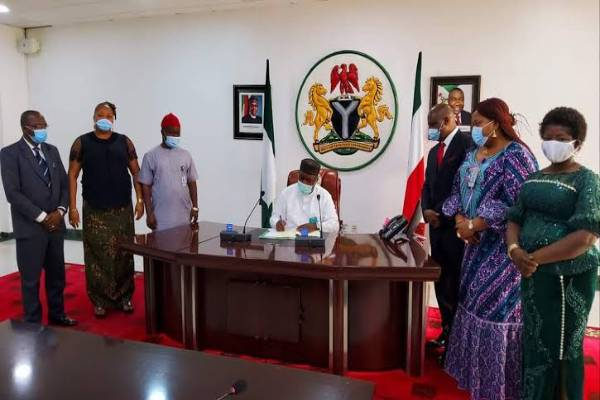 Latest Breaking News About Enugu State : Governor Ifeanyi Ugwuanyi signs Anti Grazing Bill into Law