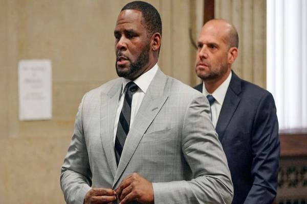 Latest Breaking Entertainment Today: Superstar Musician, R Kelly, convicted by court in sex trafficking Trial