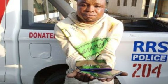 RRS arrests serial phone thief in Lagos