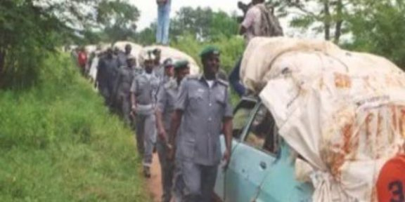 Customs' clash with suspected smugglers leaves seven, several injured