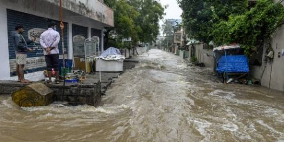 Flood claims 20 lives in india