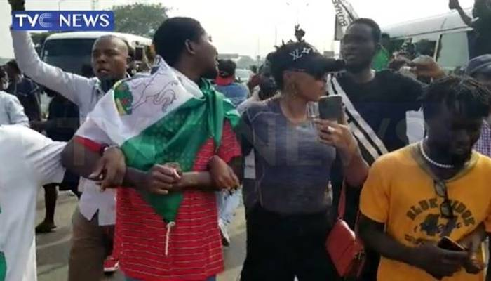 Hundreds of youth gather at Lekki to commemorate anniversary