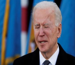 COVID-19: Biden mourns 'painful milestone' of 700,000 Americans lost to pandemic