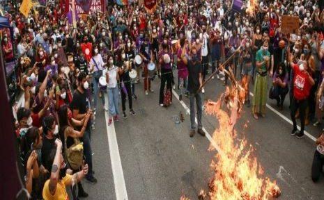 Brazil: Protesters demand impeachment of President Bolsonaro